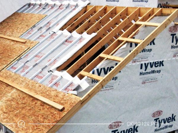 Пример использования гидроизоляционной мембраны Tyvek Housewrap на крыше дома