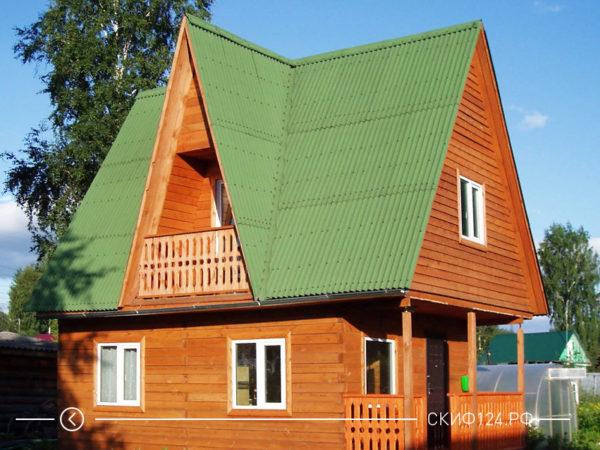 Пример Ондулина СМАРТ на крыше дома зеленого цвета