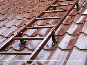 Лестница кровельная производителя Русь для размещения на крыше дома
